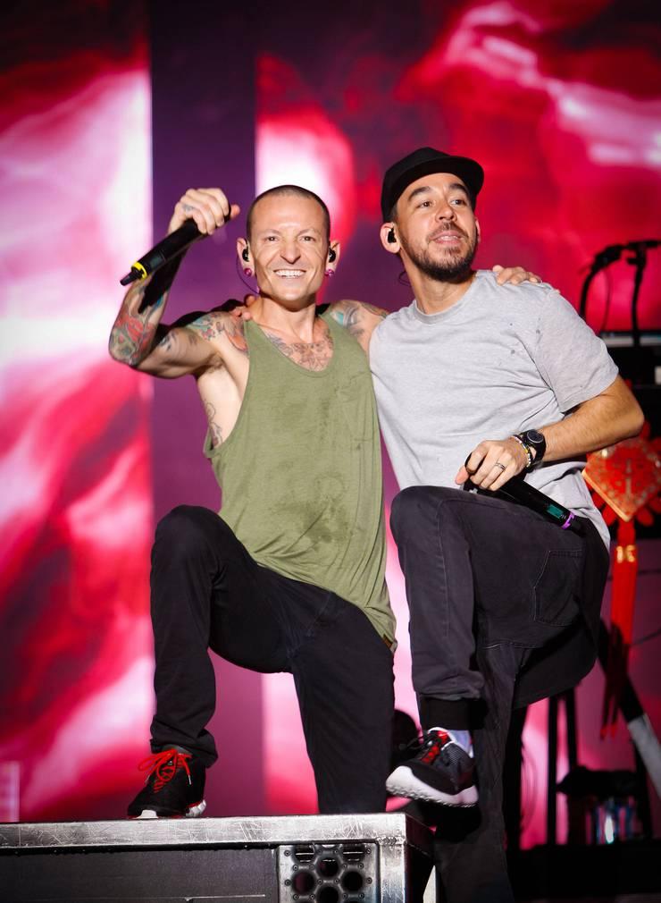 Bild aus glücklichen Tagen: Bennington (l.) und Shinoda 2015.