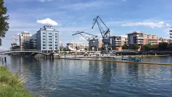 Die beiden Hafenkräne in Strassburg stehen an ihrem Originalstandort. Früher waren hier ein Hafen, Lagenhallen und eine Industriezone.