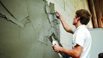 Ausgelastet: Die Kapazitäten der meisten Firmen im Bauhaupt- und Baunebengewerbe in der Region sind zur Zeit noch voll ausgelastet.