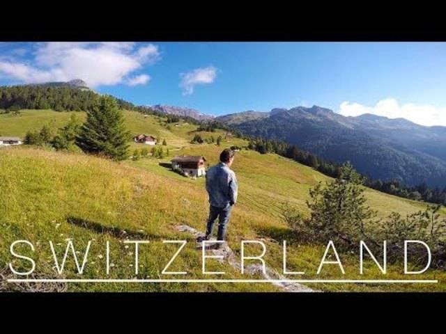 Mit dem Selfiestick im Süden der Schweiz unterwegs: Elodie & Co.
