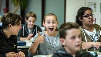 Die Sechstklässler an der Schule Möriken-Wildegg freuen sich darüber, dass sie noch ein Jahr länger Zeit haben, um sich auf die Oberstufe vorzubereiten.