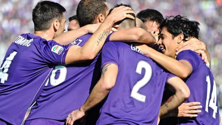 Durften beim 4:1 gegen Frosinone schon vor der Pause viermal jubeln: die Spieler von Fiorentina