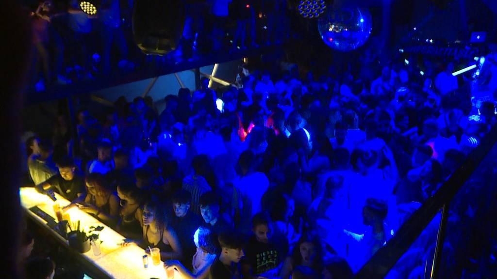 Superspreading: Partyszene gerät in Corona-Diskussionsfokus