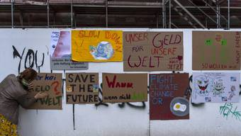 Sichtbare Kritik, aber ohne unbewilligte Versammlung: Die Aktion der Klimajugend vom Freitag..