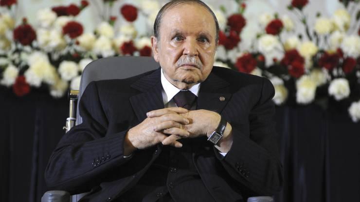 Herrscht bereits seit knapp 17 Jahren über Algerien: Abdelaziz Bouteflika (Archiv)