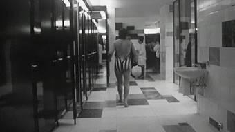 Thumb for 'Ein ungenierter Blick in das neu eröffnete Thermalbad anno 1964'