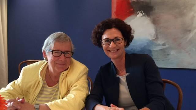 Referentin Sabina Freiermuth und Stéphanie Mörikofer