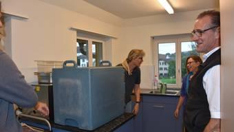 Beat Stierli und sein Team verteilen täglich rund 80 Mittagessen in Merenschwand und Obfelden.