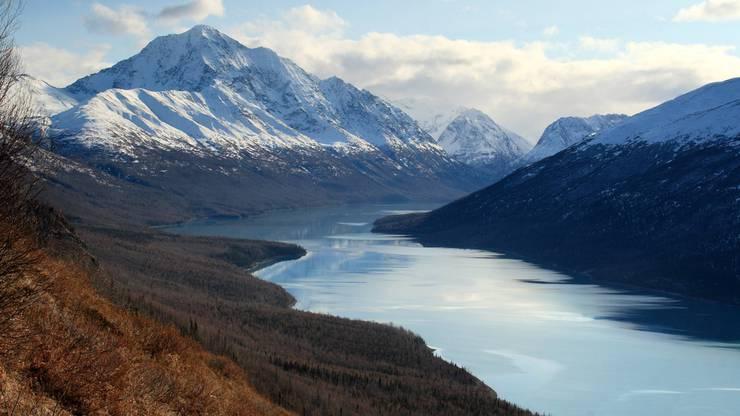 Malerisch: Blick über den Eklutna Lake im Chugach State Park nordöstlich von Anchorage.