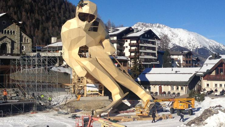 So wird man ihn nie mehr sehen: Skifahrer Edy beim Aufbau vor der Ski-WM St. Moritz.