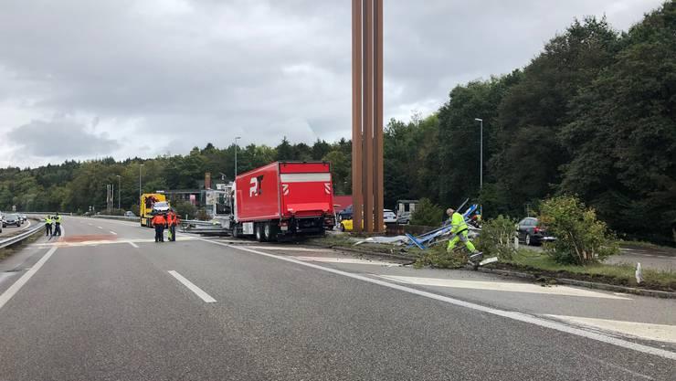 Unfall auf der A1 bei der Raststätte Kölliken Süd