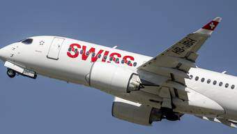 Der Flugzeugbauer Airbus will mit einer neuen Produktionslinie in den USA mehr US-Airlines als Käufer für seine A220 gewinnen, die auch bei der Swiss im Einsatz sind. (Archiv)