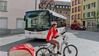 Enge Situation für die Chauffeure der Busbetriebe Aarau am oberen Ende des Zollrains.