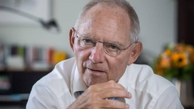 Deutschlands Bundesfinanzminister Wolfgang Schäuble in seinem Büro in Berlin. Foto: Mathias Marx