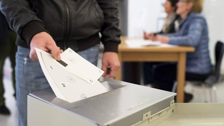 Abstimmungen vom 30.11.2014 (Themenbild).