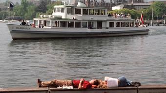 Krise: Die Buchungen von Banken tendieren gegen null: Die Betreiber von privaten Fahrgastschiffen auf dem Zürichsee klagen über empfindliche Einbussen. (wal)