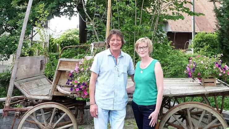 Daniel Valenti erhält in der «Oeschbrücke» Unterstützung von Silvia Ryser. apb