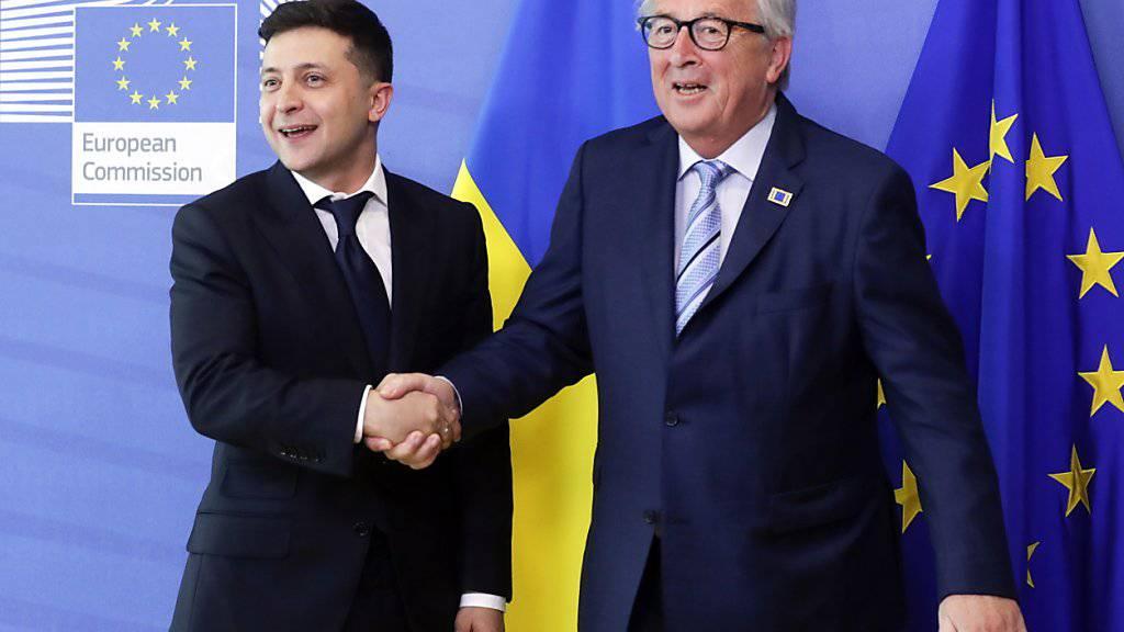 Der neue ukrainische Präsident Wolodymyr Selenskyj hat in Brüssel seinen prowestlichen Kurs bekräftigt.