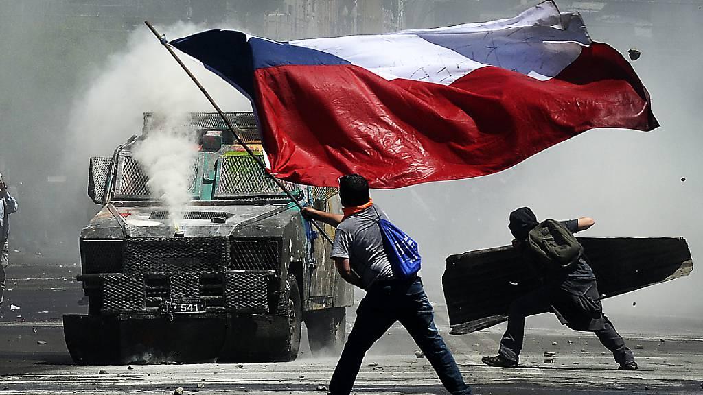 Stimmungswandel in Südamerika - Rechte Regierungen spüren Gegenwind