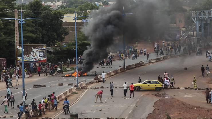 Seit Freitag kommt es in der Hauptstadt Malis, Bamako, immer wieder zu Ausschreitungen bei Protesten gegen die Regierung.