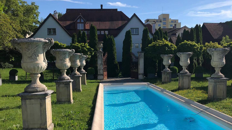 Party machen und plantschen in dieser Designervilla: Der Daydance in Amriswil machts möglich.