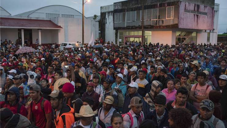 Sie alle haben das gleiche Ziel: die USA. Trotz Trumps Drohungen ziehen sie weiter durch Mexiko. 2000 Kilometer liegen noch vor ihnen.