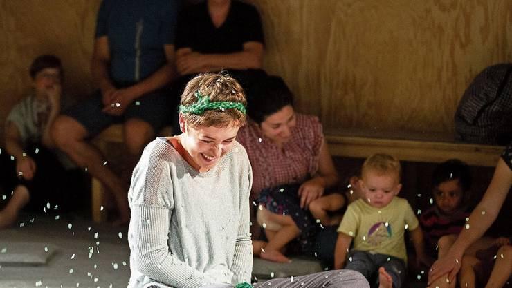 Aufgepasst! Babys und Kleinkinder in der Oper «Murmeli» des Theaters Basel.
