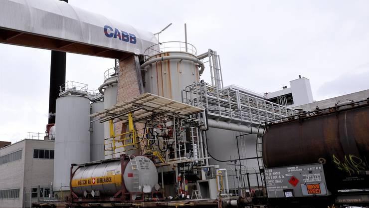 Die Herstellung von Chlor und Chlorprodukten – beispielsweise für Agrar-Chemikalien – ist das Kerngeschäft der Cabb in Pratteln. Archivbild Nicole Nars-Zimmer