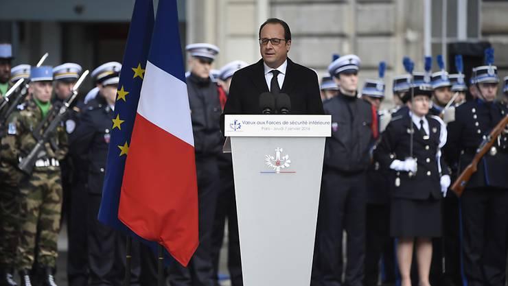 Frankreichs Präsident François Hollande bei seiner Rede vor der Polizeipräfektur