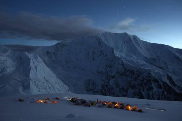 Das Basislager der Bergsteiger auf 4800 Meter.