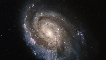 Sternenexplosionen in anderen Galaxien liegen einer Berechnungsmethode für die Hubble-Konstante zugrunde. Eine andere beruht auf kosmischer Hintergrundstrahlung. (Symbolbild)