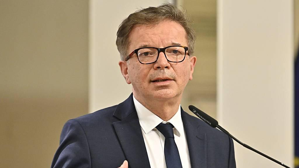 Österreich entscheidet über Corona-Lockerungen
