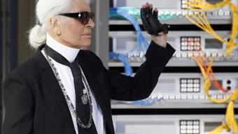 Karl Lagerfeld möchte seine ästhetische Vision vermehrt auf Hotels oder Restaurants übertragen (Archiv)