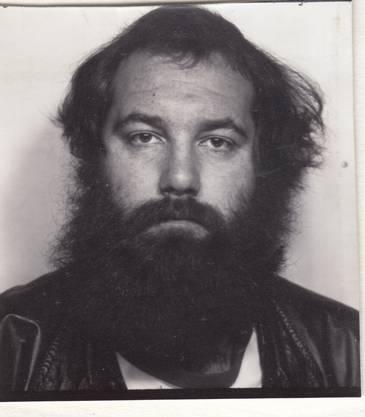 Anfang Achtziger: Willy Schaffner legt sich eine neue Identität als Willi Schaller zu und wird zum Spitzel.