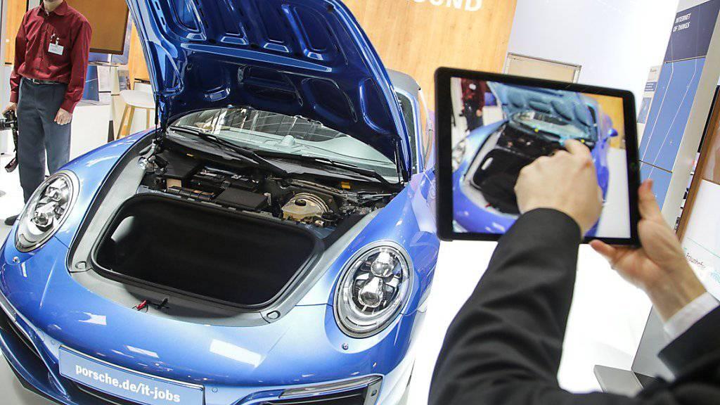 Jeder, der in Deutschland bei Porsche mitarbeitet, wird für das gute Geschäftsjahr belohnt. (Symbol)