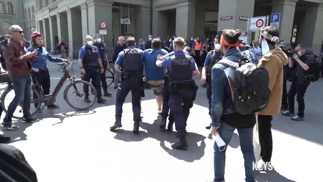 Polizei geht in Bern konsequent gegen Demos vor