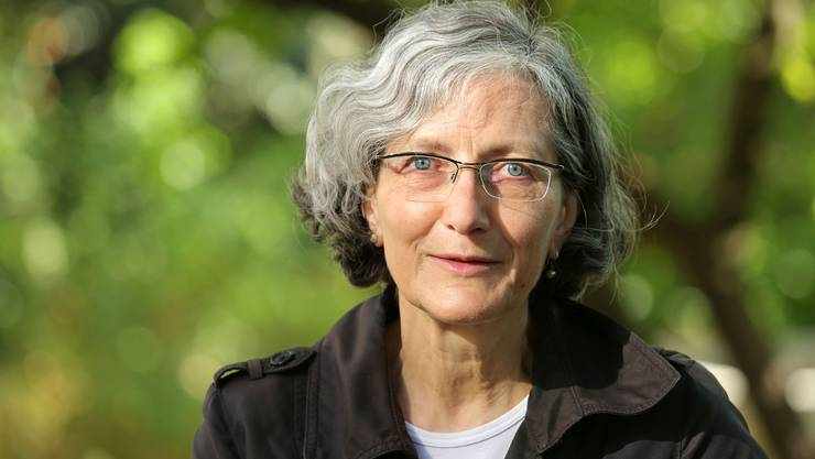 Verena Stössinger stellt im Literaturhaus Basel ihren neuen Roman «Die Gespenstersammlerin» vor.