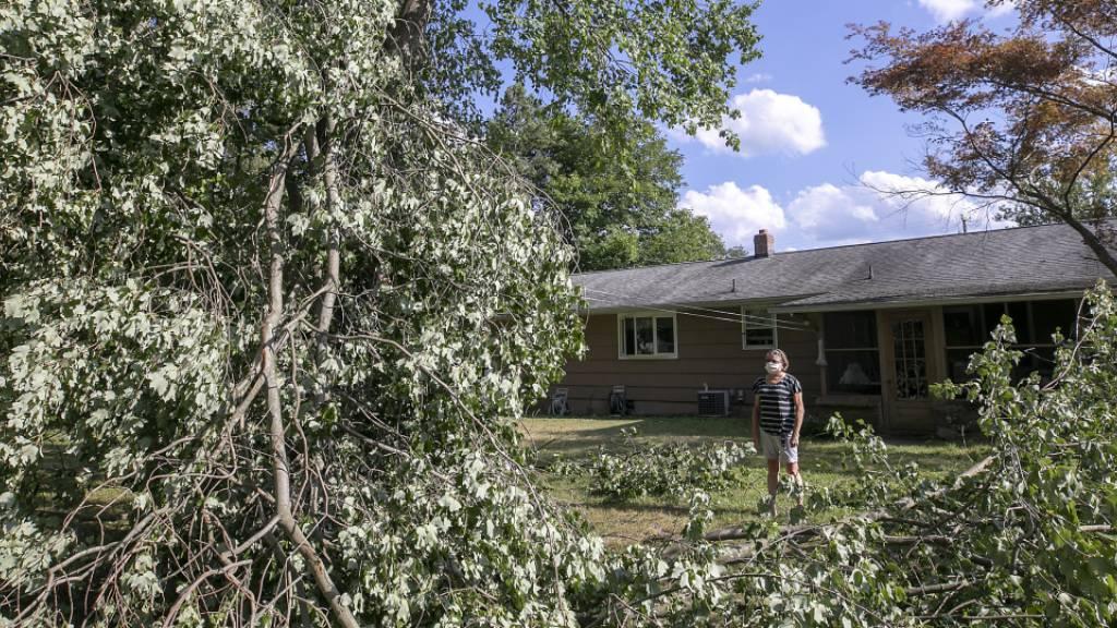 Auch Tage nach US-Sturm «Isaias» noch Hunderttausende ohne Strom
