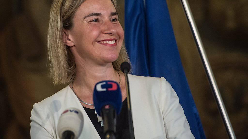 EU-Aussenbeauftragte Federica Mogherini rechnet mit weiteren Lockerungen der Sanktionen im Iran, was auch den Ölpreis weiter bewegen wird (Archivbild).
