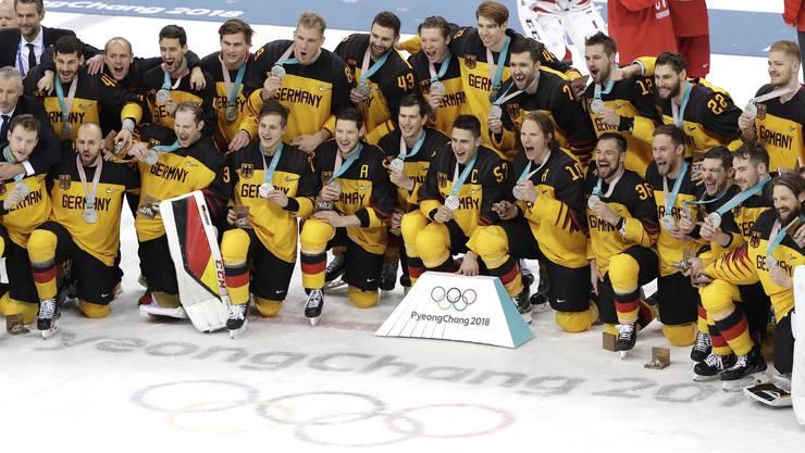 Die Silber-Medaillen-Gewinner aus Deutschland.