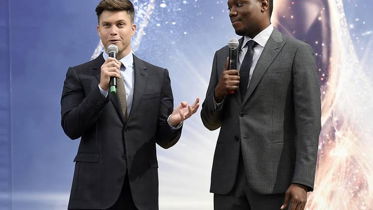 Colin Jost (l) und Michael Che (r) werden die Verleihung der Fernsehpreise Emmy moderieren. Sie versprechen, die Zeremonie politisch zu gestalten.
