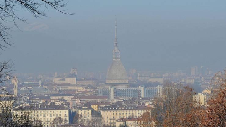 Auch über Turin war die Luft in den vergangenen Tagen verschmutzt.