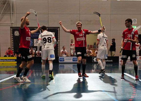Der Finne Mikko Jolma (72), Nationalspieler Patrick Mendelin (50) und Best Player Tiziano Conti (28)