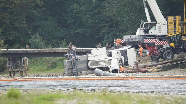 So sieht es am Dienstagmittag an der Unfallstelle aus.