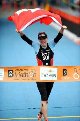 Als 21-Jährige gewinnt sie in Vancouver im Juni 2008 den WM-Titel in der U23-Kategorie und holt das erste Schweizer Gold seit 2001, als sich Nicola Spirig in Edmonton (CAN) zur Junioren-Weltmeisterin küren liess.