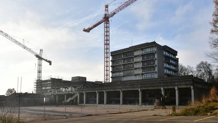 Die Sanierung der Kantonsschule Hardwald, wo die neuen Progymeler ausgebildet werden, ist in vollem Gang.