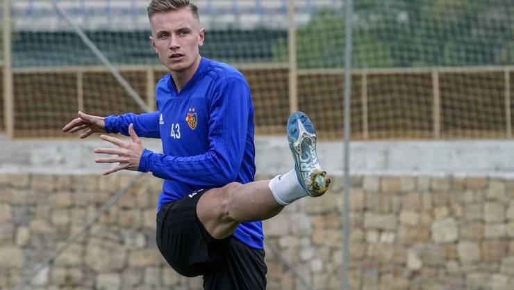 Jasper van der Werff am Donnerstag in seinem ersten Training als FCB-Spieler.