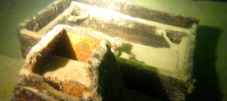 Das Holz des Bootes ist auch nach über 80 Jahren im Wasser nicht verrottet.