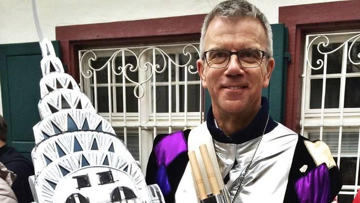 Botschafter Paul Seger als Trommler der «Freyschtil»-Clique...