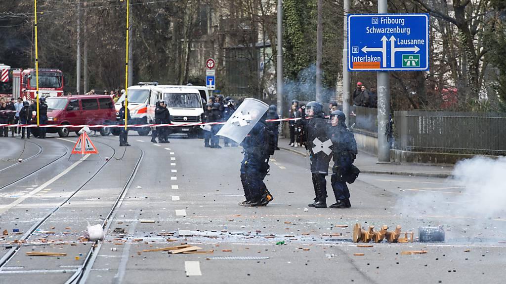 Mutmassliche Krawallmacher in Bern vor Gericht